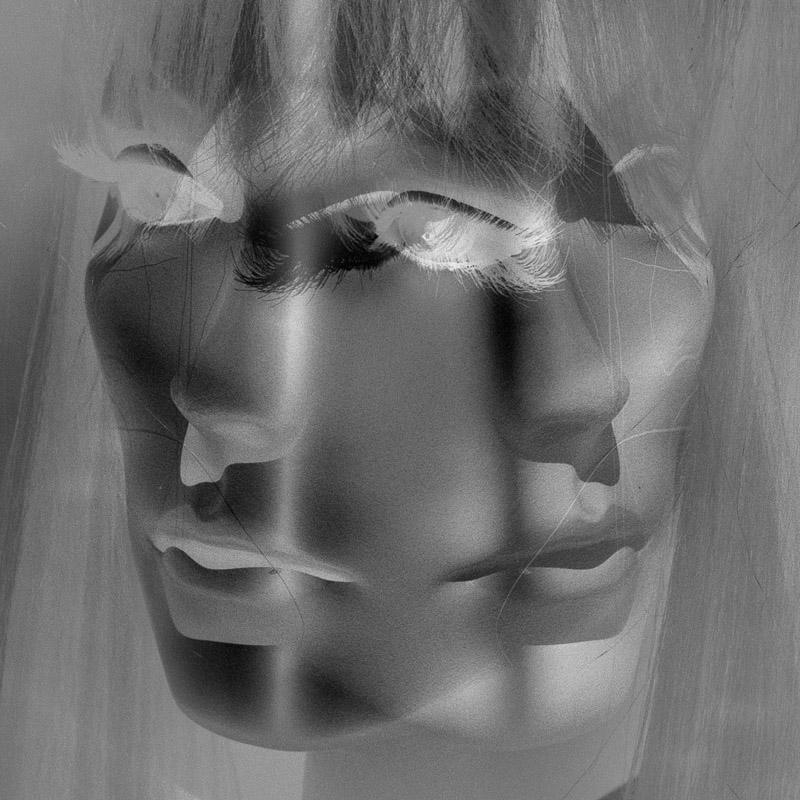 Mannequin head x-ray. Photo by Jim Newberry.